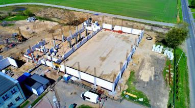 Budowa...Postępy przy budowie hali sportowej są widoczne praktycznie każdego dnia